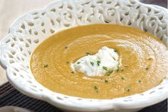 Butternut Squash Soup with Chives Greek Recipes, Soup Recipes, Butternut Squash Soup, Gazpacho, Food Categories, Meatless Monday, Cheeseburger Chowder, Hummus, Thai Red Curry