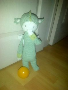 DIRK the dragon made by Severine F. / crochet pattern by lalylala