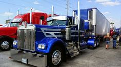 Kenworth custom W900A with matching reefer