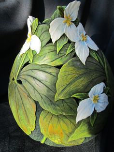 Trillium Carved Gourd by GOURDSByGaryKvalheim on Etsy