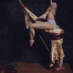 'Praying Mantis'  Model: Selkeys, Photo: MajkFoto, Ropework: AkaiRyuu  #shibari…