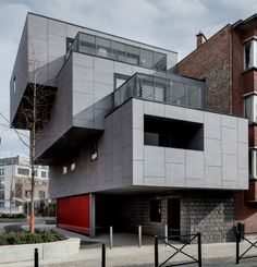 EQUITONE facade panels. Private house in Molenbeek, Brussels. cantilever. #architecture #material #facade www.equitone.com