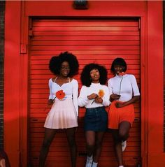 Black girls with color in said Black Girl Magic, Black Girls, Black Women, Soft Grunge, Bambi, Pretty People, Beautiful People, Josie And The Pussycats, Riverdale Aesthetic