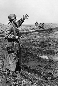 German rider shouts about what your comrades in the Division.The eastern front.