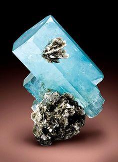 Aquamarine and Muscovite
