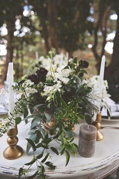 alternative wedding florals