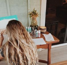 Long hair that goes on for days Messy Hairstyles, Pretty Hairstyles, Hair Inspo, Hair Inspiration, Curly Hair Styles, Natural Hair Styles, Mermaid Hair, Dream Hair, Gorgeous Hair