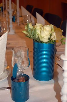 Bordkort er hjemmelaget konfekt med mintfyll. Duker har jeg leid hos min samarbeidspartner Partyplanner.  ... Tableware, Decorations, Dinnerware, Tablewares, Dekoration, Dishes, Ornaments, Place Settings, Decor