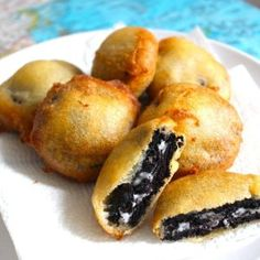 We make these and they are AMAZING!  Only we use Pancake mix that only needs  water added to it.  Freeze Oreo's at least 4 hours. Make the batter on the thicker side, dip the frozen Oreo's in, fry em up, sprinkle with 10 X sugar, and voila!  Serve them with vanilla ice cream!  Your family will be begging for more!!