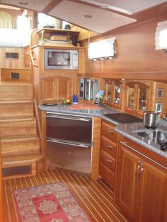 Boat Interior, Boat Stuff, Wooden Boats, Cruise, Wood Boats, Cruises