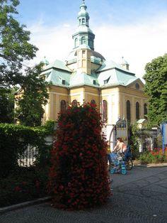 Jak ukwiecić okolice kościoła? | Inspirowani Naturą I how to put flowers around churches