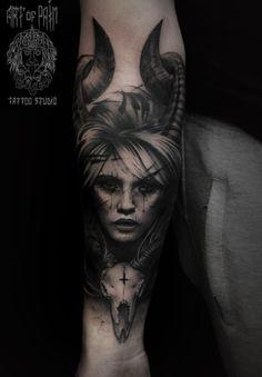 Tattoo Tech Lunatic - foto del tatuaje En el estilo Black and grey, Male, Girls, D . Evil Tattoos, Creepy Tattoos, Taurus Tattoos, Cover Up Tattoos For Men, Tattoos For Guys, Mini Tattoos, Body Art Tattoos, Witch Tattoo, Demon Tattoo