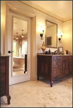 Low cost ideas to revamp 1970's dark wood, flat, hollow core doors #diy #home #decor