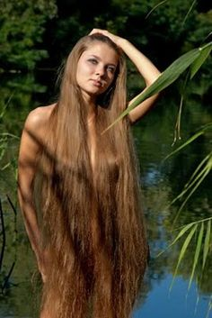 Long Haired Sexy Women 80