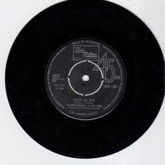 GLADYS KNIGHT & PIPS - Keep An Eye (TAMLA MOTOWN TMG 728) VInyl | Music