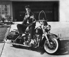 "takingcare-of-business: ""Elvis Presley on his Harley Davidson c. Elvis~Amazing x Elvis Presley T Shirts, Elvis Presley Photos, Harley Davison, Teddy Boys, Vintage Motorcycles, Harley Davidson Motorcycles, Rock And Roll, Young Elvis, Elvis And Priscilla"