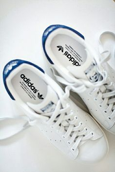 2e684a36f What everyone is wearing in Paris - adidas - white sneakers - stan smith ·  Fashion ...
