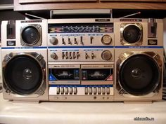 Dj Photos, Radios, Old Technology, Tape Recorder, Retro, Hifi Audio, Boombox, Audio Equipment, Tv