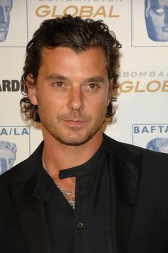 Gavin Rossdale!!(Lead vocalist of Bush) Holy mother of god this man is gorgeous and really doesn't look his age at all...