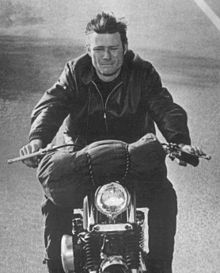 Michael Parks Then Came Bronson Parks in Then Came Bronson Born: Harry Samuel Parks April 1940 (age Corona, California, United States Celebrities Who Died, Young Celebrities, Iconic Movies, Great Movies, Motorcycle Posters, Vintage Television, Old Bikes, Dirt Bikes, Bike Rider