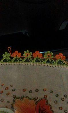 Tığ örnekleri Knitted Poncho, Knitted Shawls, Knit Shoes, Needle Lace, Sweater Design, Knitting Socks, Hand Embroidery, Tatting, Knit Crochet