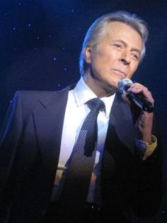 Of course you all remember singer/actor James Darren - he is alive and well at age 77 these days. He occasionally makes appearances and is still a really  good looking guy! Oh Moondoggie!