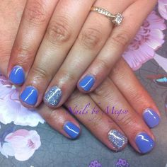 Ibd just gel raindrops with silver hologram feature nails