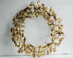 Short Stories: Brass Petites Choses All-Holiday Wreath | The Etsy Blog