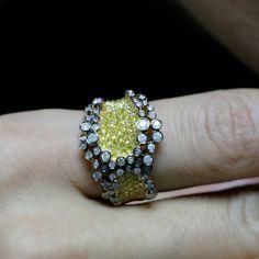 """Petal"" 18K Yellow Gold Yellow Diamond Ring - Plukka - Shop Fine Jewelry Online"