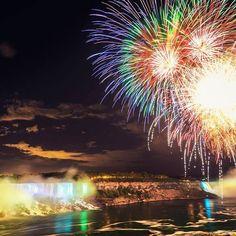Fireworks over the Falls every Sunday, Wednesday, Friday and Holiday! #niagarafalls #niagara #fallsview #niagarafallshotels #fireworks #embassysuites #hiltonhotels #prettygreat #embassysuitesniagara