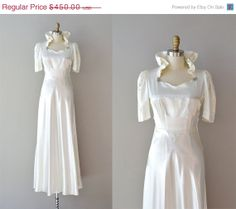 25% OFF SALE.... 1930s dress / 30s wedding dress / In the Campagna. $337.50, via Etsy.