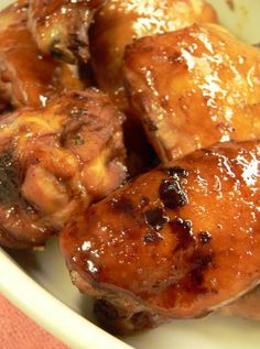 honey baked chicken     1/2 cup soy sauce  the juice of 1 lime  1/4 cup honey  1 tablespoon brown sugar  3 tablespoons minced garlic  freshly ground black pepper to taste  salt, optional