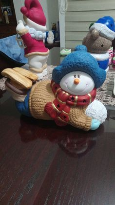 Christmas Crafts, Christmas Decorations, Xmas, Christmas Ornaments, Sculpey Clay, Ceramic Bisque, Ceramic Painting, Cold Porcelain, Clay Projects
