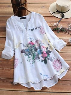 O-NEWE Vintage Print Patchwork Plus Size Blouse for Women can cover your body well, make you more sexy, Newchic offer cheap plus size fashion tops for women. Plus Size Blouses, Plus Size Dresses, Blouse Vintage, Dress Vintage, Vintage 70s, Vintage Floral, Vintage Sewing, Mode Outfits, Shirt Blouses