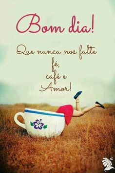 Bom dia everyone! I Love Coffee, My Coffee, Good Morning Good Night, Messages, Coffee Quotes, Spanish Quotes, Morning Quotes, Happy Day, Good Morning Quotes