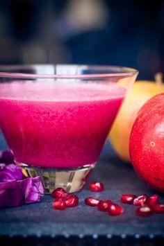 La grenade, un super fruit, blindé de bienfaits. Sur aufeminin, une idée de boisson healthy à la grenade.