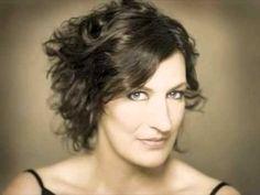 "Sarah Connolly sings: ""Pie Jesu"" from the ""Requiem"" by Maurice  Duruflé"