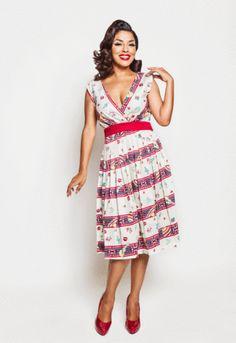 Bettie Page- Sugar Beat Dress in Fiesta Print