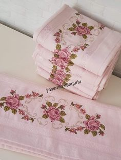 Hand Embroidery Stitches, Cross Stitch Embroidery, Embroidery Patterns, Cross Stitch Patterns, Machine Embroidery, Cotton Nighties, Decorative Towels, Kids Patterns, Bargello