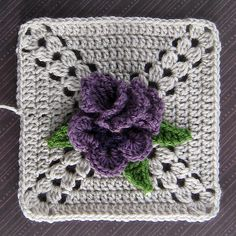 Ravelry: rebby's Candle in the Wind Bouquet Block