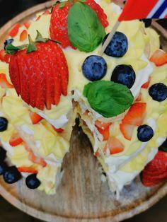 Lavkarbo pavlova Anna Pavlova, Cheesecake, Desserts, Food, Tailgate Desserts, Deserts, Cheesecakes, Essen, Postres