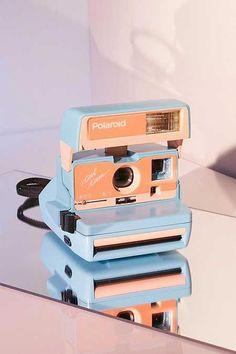 Vintage Camera Impossible X UO Sage Island Polaroid 600 Cool Cam Instant Camera Aesthetic Vintage, Blue Aesthetic, Aesthetic Photo, Aesthetic Pictures, Bedroom Wall Collage, Photo Wall Collage, Polaroid Pictures, Vintage Cameras, Aesthetic Wallpapers