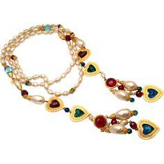 Vintage CHANEL Gripoix Glass Hearts Baroque Pearl Lariat Necklace Sautoir