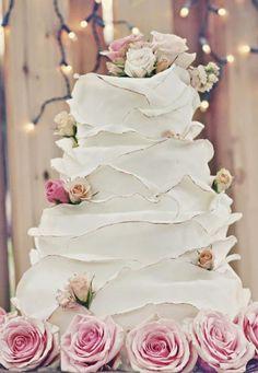 Trend Alert: Parisian-themed Weddings