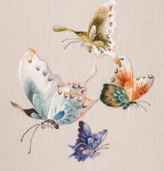 Marvelous Crewel Embroidery Long Short Soft Shading In Colors Ideas. Enchanting Crewel Embroidery Long Short Soft Shading In Colors Ideas. Chinese Embroidery, Crewel Embroidery Kits, Butterfly Embroidery, Silk Ribbon Embroidery, Hand Embroidery Patterns, Machine Embroidery Designs, Embroidery Thread, Thread Painting, Embroidery Techniques