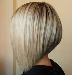 """It can not be repeated enough, bob is one of the most versatile looks ever. We wear with style the French """"bob"""", a classic that gives your appearance a little je-ne-sais-quoi. Here is """"bob"""" Despite its unpretentious… Continue Reading → Inverted Bob Hairstyles, Bob Hairstyles For Fine Hair, Medium Bob Hairstyles, Lob Hairstyle, Hairstyles Haircuts, Wedding Hairstyles, Pixie Haircuts, Celebrity Hairstyles, Braided Hairstyles"""