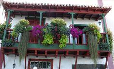 1024px-Balcony_santa_cruz_de_la_palma.jpg (1024×617)