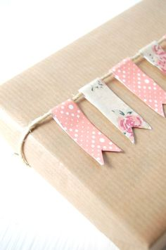 gift wrap with Washi Tape banner