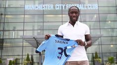 Bacary Sagna (FRA) - From Arsenal (ENG) to Manchester City (ENG) - 2014