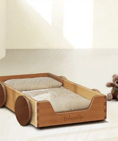 autobett, Montessori style baby/toddler bed.